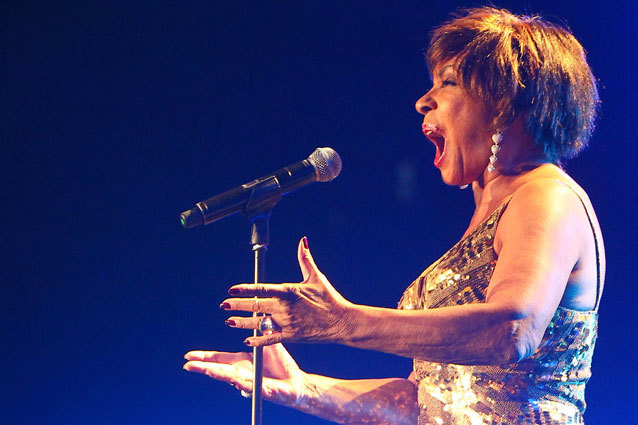 Shirley Bassey to Perform at Oscars' James Bond Tribute