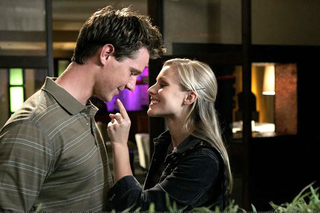 Jason Dohring officially signed on for the Veronica Mars movie