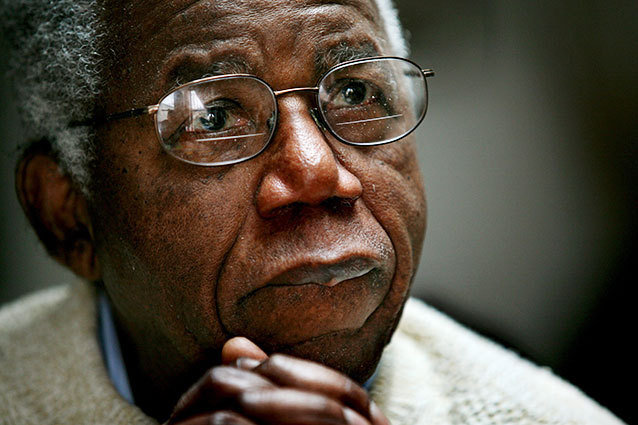 Chinua Achebe, author of Things Fall Apart, dies at 82