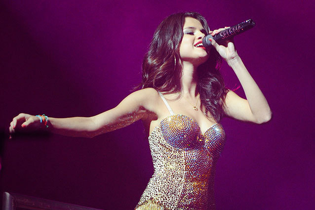 Selena Gomez Set to Embark on World Tour