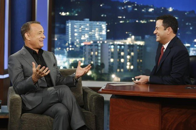 Jimmy Kimmel Christmas.Late Night Recap A Celebrity Christmas Card With Tom Hanks