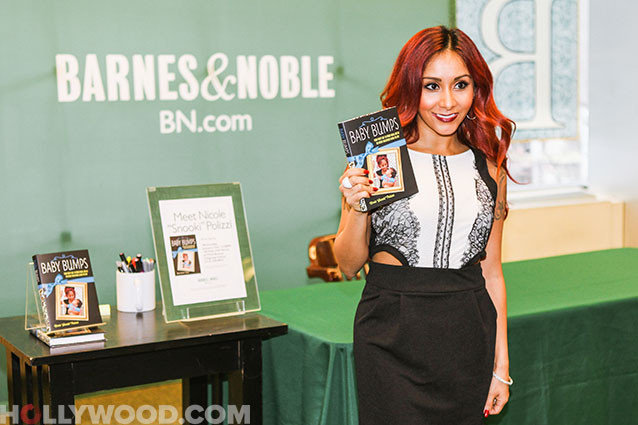 Nicole Polizzi Book Signing