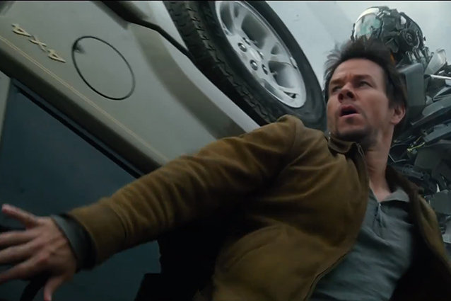 Mark Wahlberg, Awkward Arms, Transformers: Age of Extinction Trailer