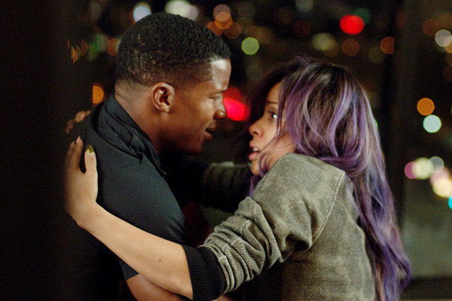 A young musician can't struggles with the pressure until she finds help in the most unlikely of ways in 'Beyond The Lights'.