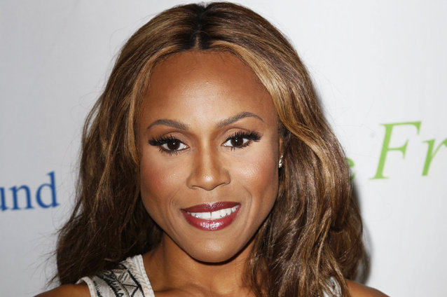 Deborah cox to provide whitney houston 39 s singing voice in for Cox houston