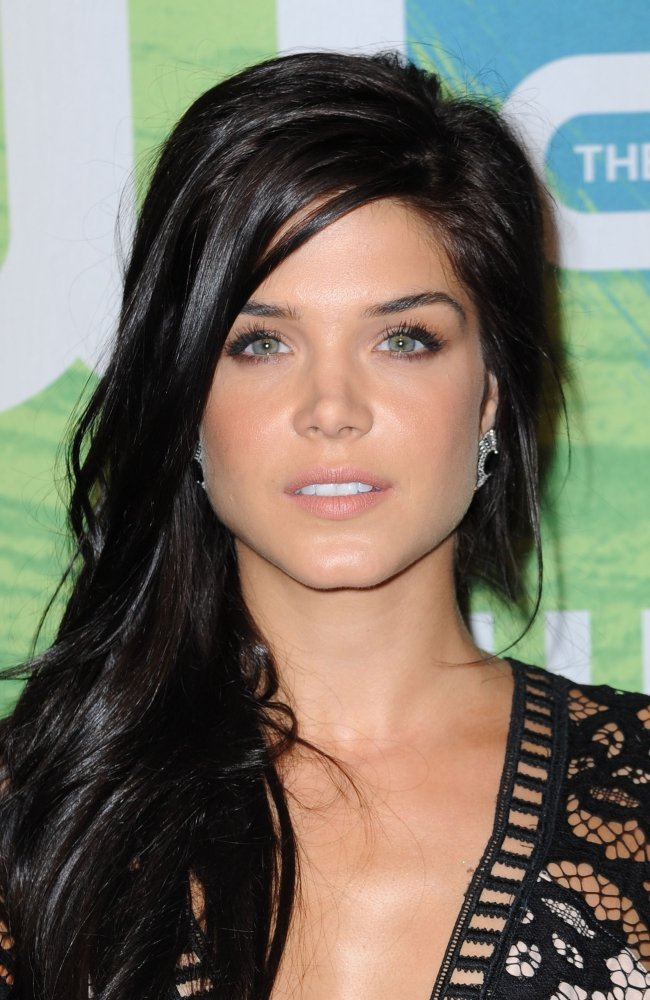 Marie Avgeropoulos | B...