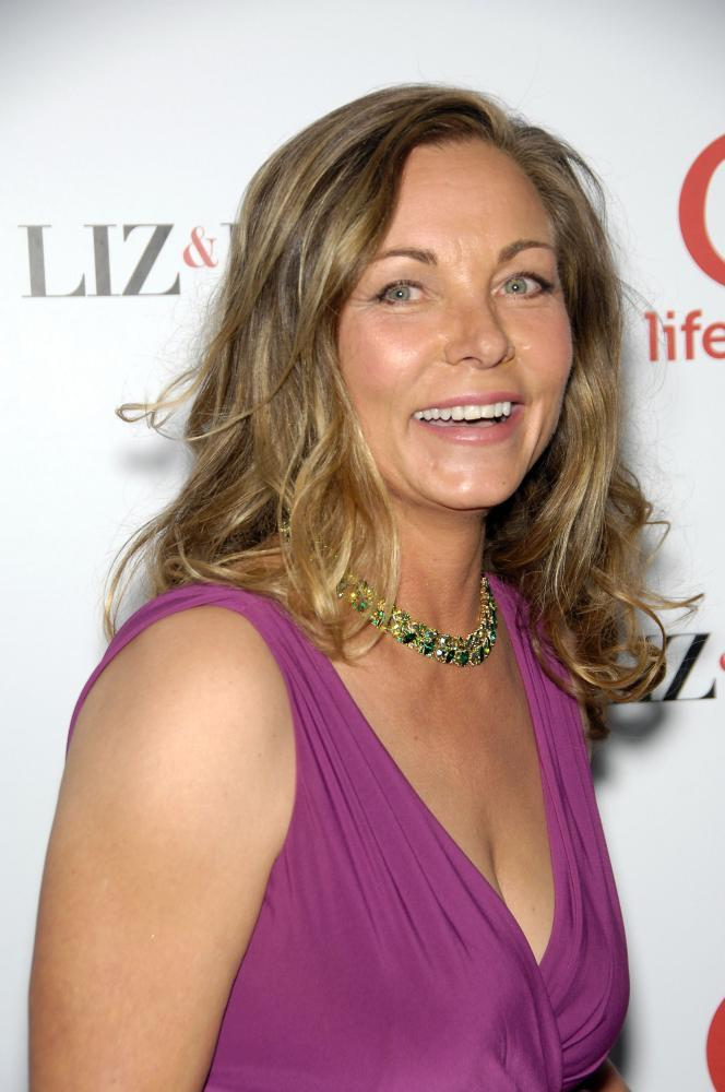 theresa russell twitter