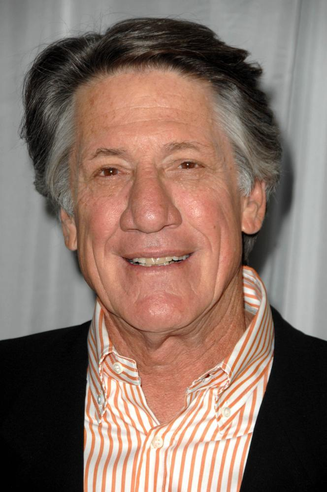 stephen macht net worth