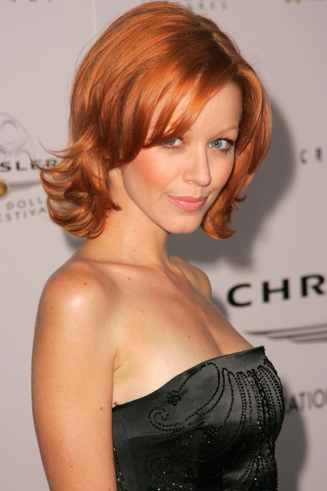 Lindy Booth bio