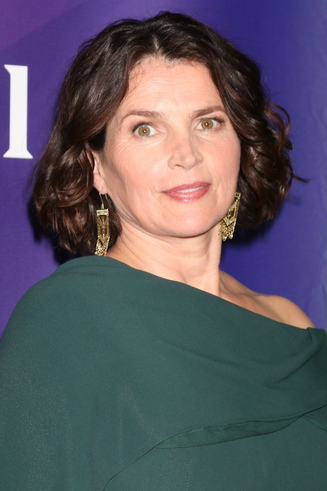Julia Ormond | Biography and Filmography | 1965