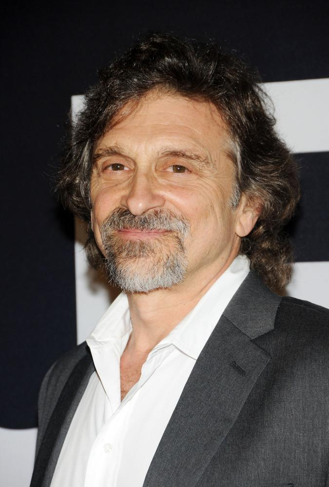 dennis boutsikaris height