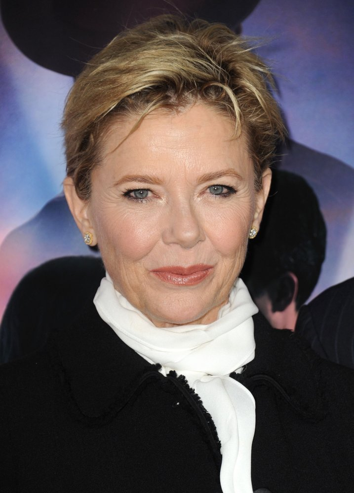 annette bening husband