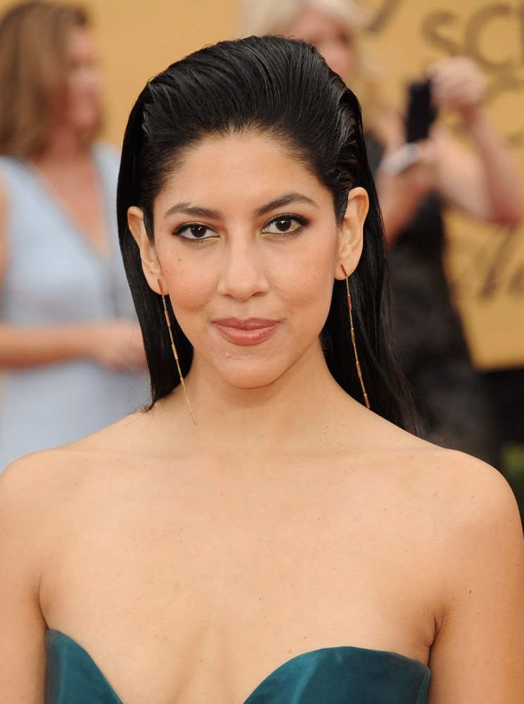 stephanie beatriz bio