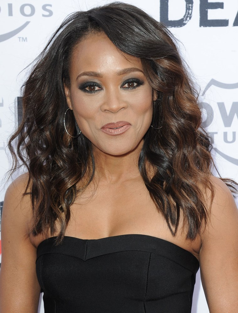 Robin Givens Nude Photos 69