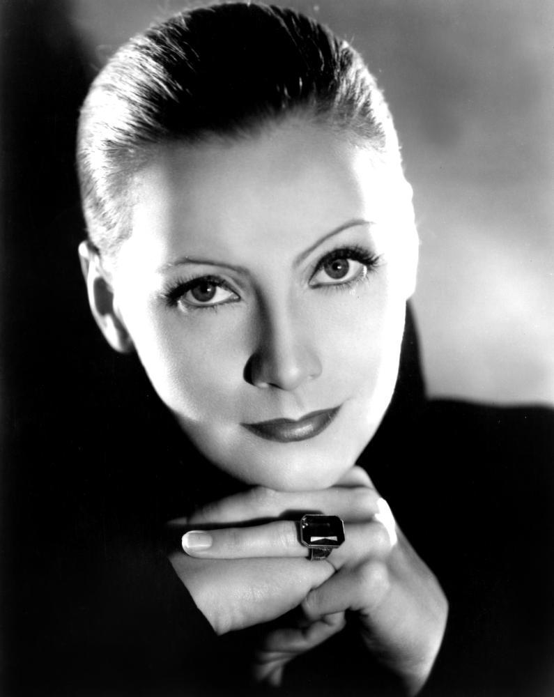Greta Garbo | Biograph...