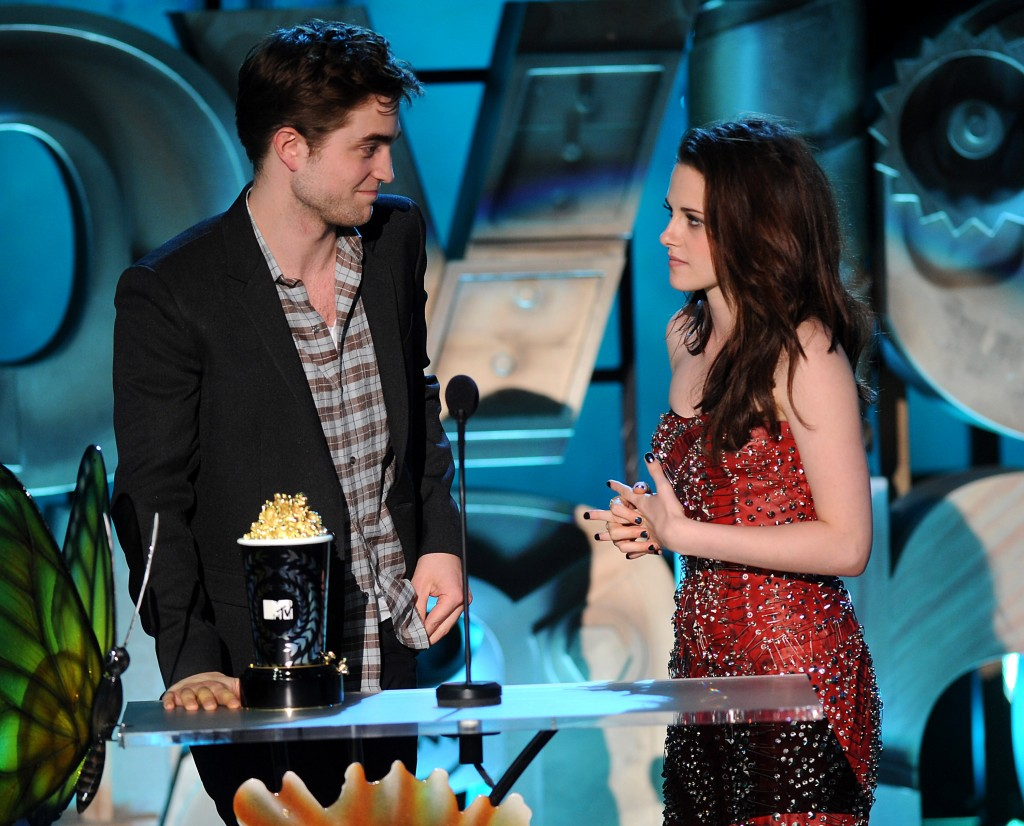 Stewart Pattinson MTV Movie Awards
