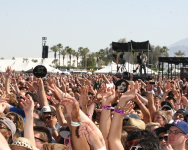 Coachella lineup 2013 revealed