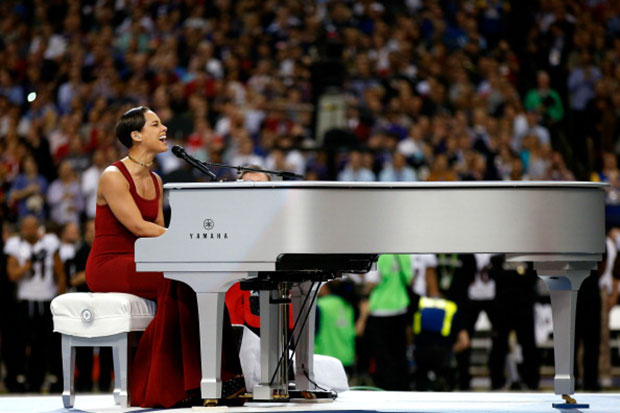 Alicia Keys, Jennifer Hudson, Sandy Hook