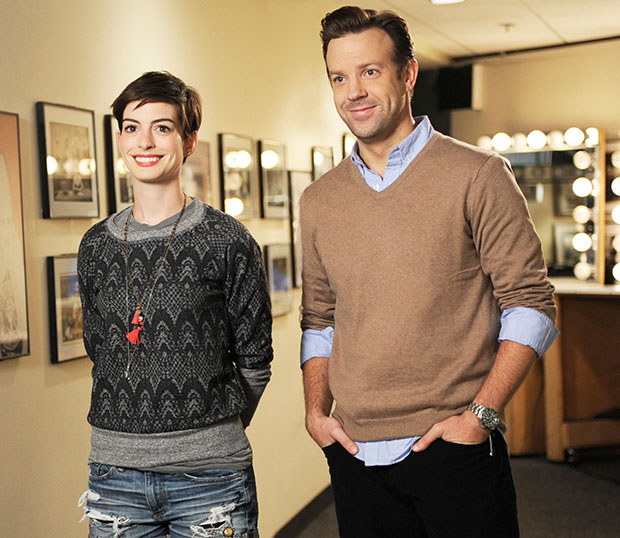 'Saturday Night Live': Host Anne Hathaway Won't Make You