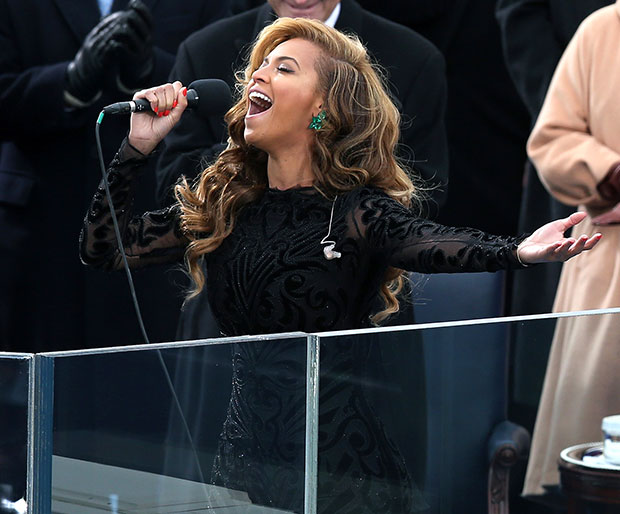 Beyonce Lip-Syncs the National Anthem