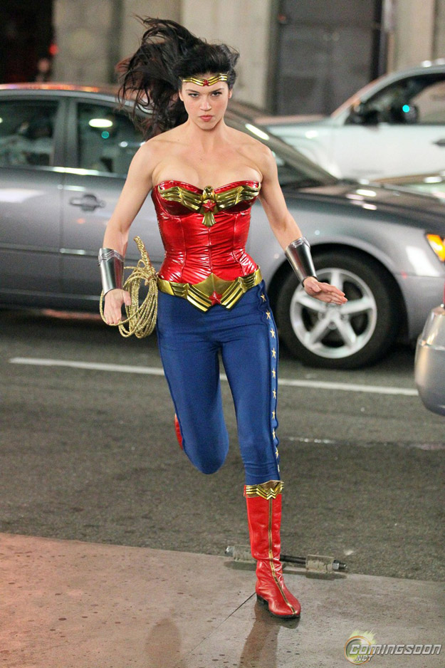 New Wonder Woman Set Pictures