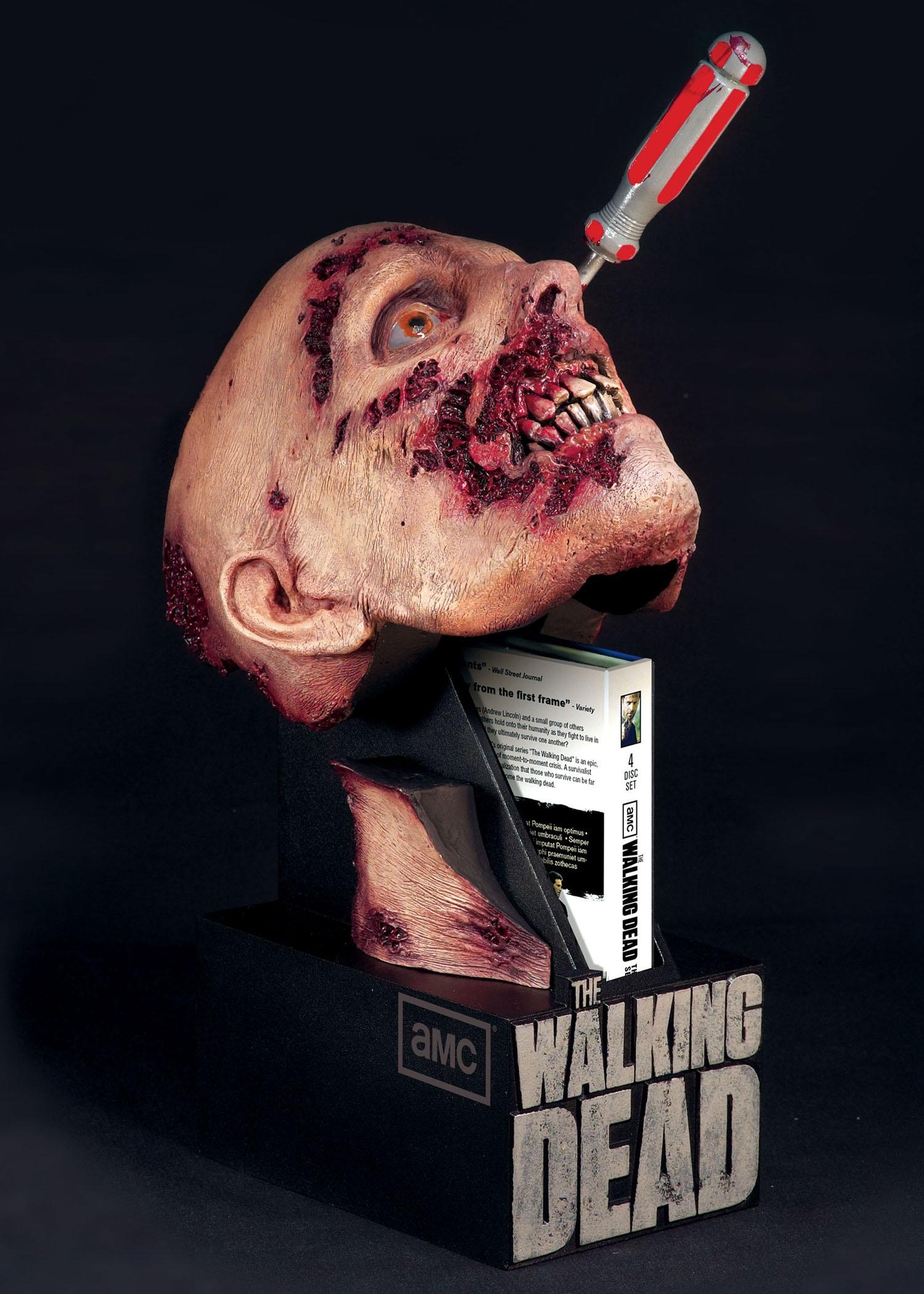 The Walking Dead Season 2 DVD
