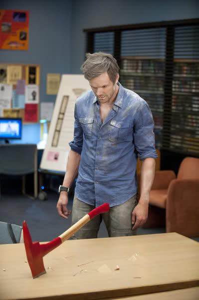 Jeff Winger Community Season 3 NBC