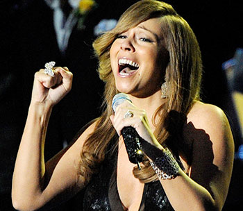 mariah carey singing