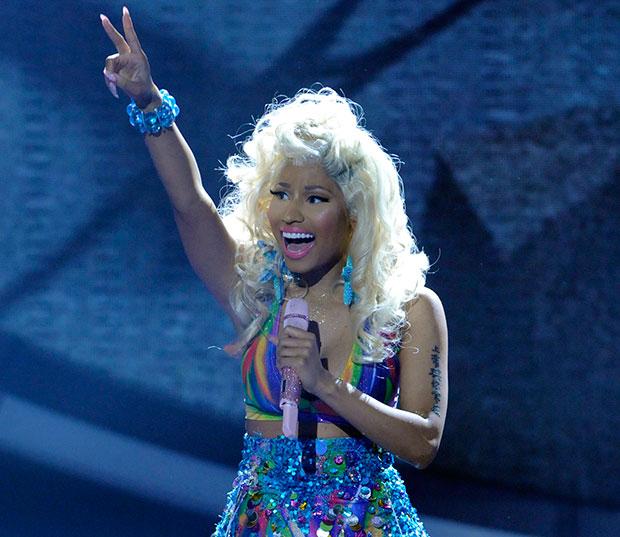 Nicki Minaj performs on 'American Idol'