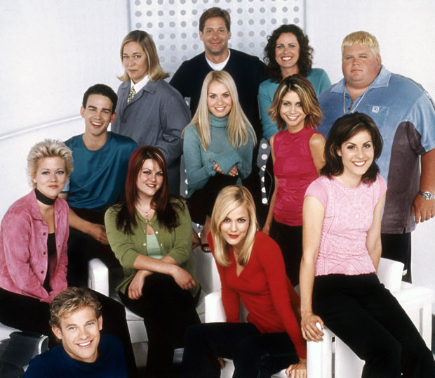thursday tv throwback why popular is still popular 10 years later