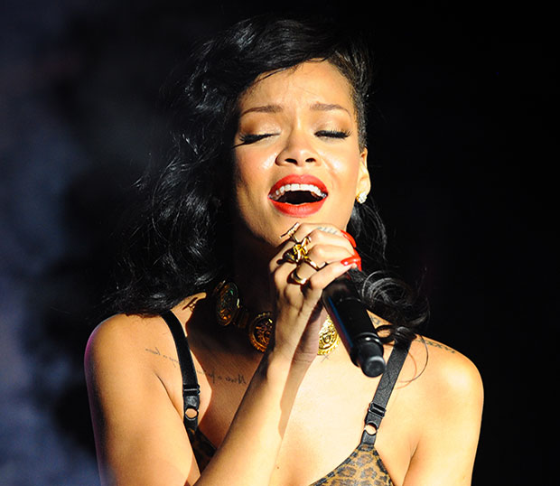 billboard rihanna diamonds