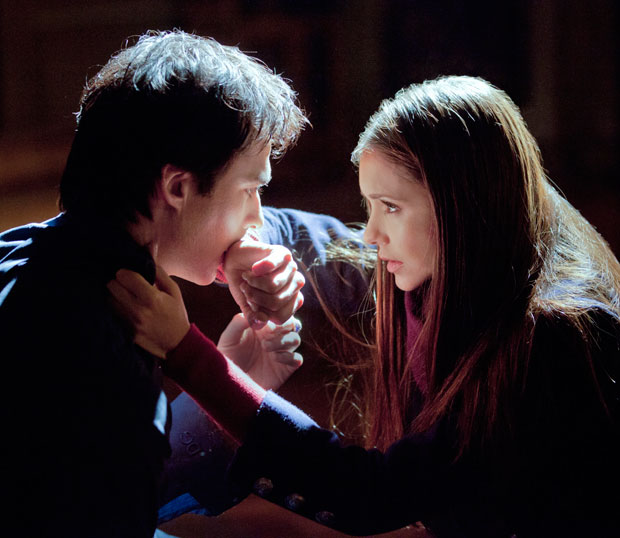 Battle of the Teen Vampires: Does 'Twilight' or 'Vampire